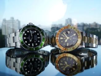Au furat 60.000 de euro printr-o metoda unica de a sparge conturi bancare: Hotii si-au cumparat ceasuri de lux