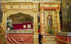 Au inceput pregatirile pentru hramul Cuvioasei Parascheva. Harta pelerinajului la racla Sfintei
