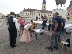 "Au semnat mai intai initiativa ""Fara penali in functiile publice"" si abia apoi s-au casatorit (Foto)"