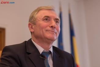 Augustin Lazar solicita scuze publice si daune morale de 1 leu de la Ministerul Justitiei