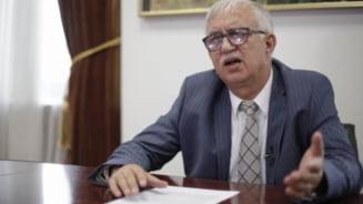 """Augustin Zegrean dezvaluie fata sinistra a legiuitorilor din Romania: """"Din dorinta de a fi promovati, unii din justitie se supun vointei politicienilor"""""""