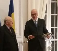 """Aurel Vainer a fost decorat de ambasadorul Germaniei la Bucuresti: """"Un mare semn de bine pentru lume!"""""""