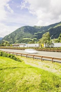Austria desfasoara soldati la granita cu Italia, in calea migrantilor