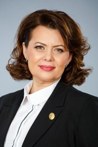 Autoarea legii antifumat demisioneaza din fruntea PSD: Era o umilinta daca as fi ramas in functie