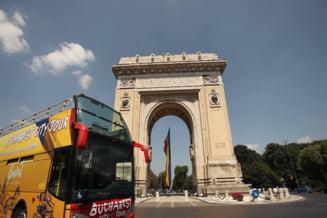 Autobuzele supraetajate revin de luni pe traseul Bucharest City Tour. Iata cat costa un bilet