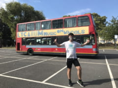 Autobuzul muzical, ideea inedita cu care un roman i-a cucerit pe englezi