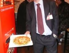 Automatul care prepara pizza in doar trei minute
