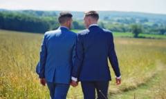 Autoritatile din Polonia vor interzicerea totala a adoptiei de copii de catre cuplurile homosexuale