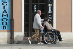 Autoritatile si institutiile publice care nu angajeaza persoane cu handicap vor plati lunar, sume la buget de stat