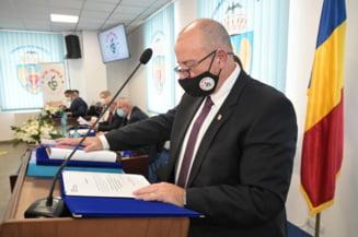 """Autorizatia de mediu a firmei de salubrizare din Sectorul 5 nu mai este suspendata. Piedone: """"Multumesc consilierilor USR-PLUS si PNL"""""""