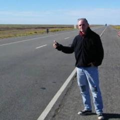 Autostopist beat, talharit si abandonat in boscheti