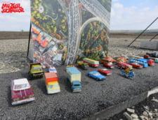 Autostrada de 1 metru din Moldova a fost luata cu asalt de sute de masinute de la Muzeul Jucariilor (Foto)