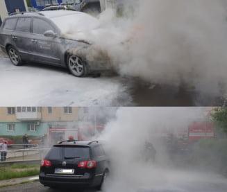 Autoturism in flacari pe strada Pictor Aman din Bacau