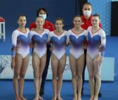Avem junioare de aur la gimnastica. Romania, pe primul loc la echipe si la individual compus, la Europeanul din Turcia