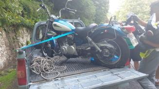 Aventura unui sloven rămas în pană cu motocicleta pe Transfăgărășan: a primit alertă de urși și n-a înțeles o iotă din mesajul în română