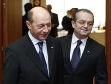Aventuri estivale cu Basescu si Boc