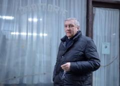 Averea si controversele din viata lui Beuran: Medicul lui Iliescu, ministrul lui Nastase, demis pentru plagiat si prins cu spaga