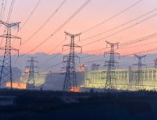 Avertisment despre energia electrica: Consumatorii nu beneficiaza de pe urma modului in care sunt stabilite tarifele
