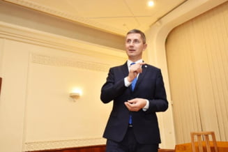 Avertismentul lui Barna pentru Orban: Daca vom da sansa PSD sa-si revina, ne batem joc de cei trei ani si jumatate in care cetatenii au stat in strada