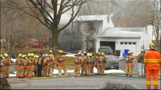 Avion prabusit peste o casa din Washington - 6 morti