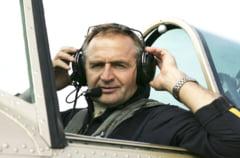 Avionul antrenorului lotului roman de acrobatie aeriana, prabusit in Marea Egee