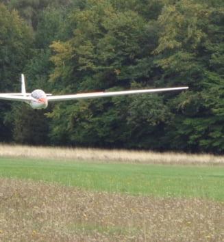 Avionul cazut in Buzau s-a rupt in doua: Una dintre victime e un important om de afaceri