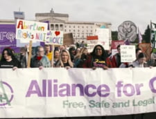 Avortul si casatoriile intre persoane de acelasi sex devin legale la miezul noptii in Irlanda de Nord