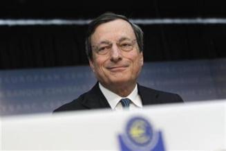 BCE: Zona euro, in recesiune in 2012