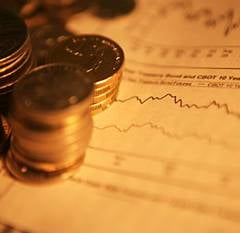 BNR: 66% din investitiile straine au dus la crestere nesustenabila