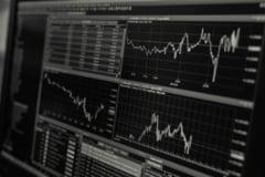 BNR: Indicele ROBOR la 3 luni a scazut vineri la 2,17%