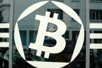 BNR avertizeaza: Iata riscurile folosirii Bitcoin sau a altor monede virtuale