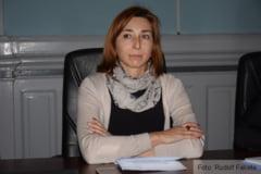 """BRASOV. Izabella AMBRUS: """"Este falsa afirmatia potrivit careia Romania ar fi o tara model in ceea ce priveste rezolvarea situatiei minoritatilor"""""""
