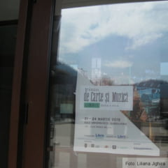 BRASOV. Patru zile de carte si muzica la Aula Universitatii