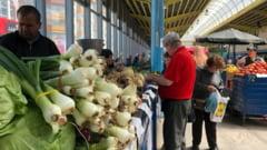 Bacauanii, campioni la consumul de oua si cartofi. Cum arata cosul de cumparaturi in Moldova