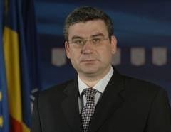 Baconschi: Politica externa nu este a PDL, este a Romaniei