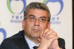 Baconschi dezvaluie ca i s-au cerut 100.000 de euro pentru pozitia pe lista la europarlamentare