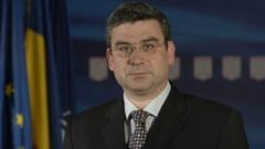 Baconschi explica demiterea din functie: Postarea a fost o greseala