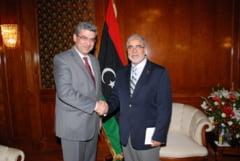 Baconschi in Libia: Vrem comert si investitii, dam ajutor si experienta (Galerie foto)