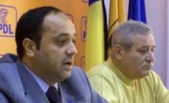 Badalan s-a suspendat din PDL, dar va ramane in grupul parlamentar democrat-liberal