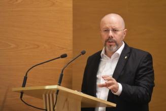 Badulescu, reclamat la CNCD pentru denigrarea homosexualilor