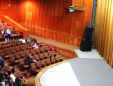 Baia Mare: Profesor mort in sala de curs - a fost gasit de studentii sai