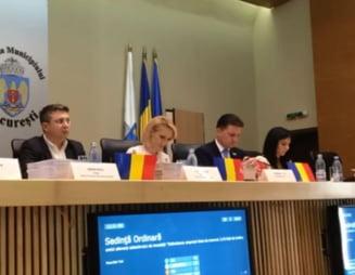 """Balci in sedinta de consiliu de la Bucuresti: Firea ameninta ca publica lista cu """"iubitii"""" PNL din Primarie si ii acuza pe consilieri de lipsa de educatie si """"tratament adecvat"""""""