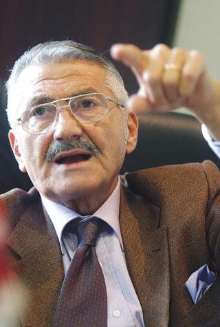 Baltazar: Declaratia lui Radulescu, ca euro va ajunge la 6-7 lei, este uluitoare