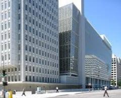 """Banca Mondială a oprit finanțarea Afganistanului motivând că are """"îngrijorări profunde"""" privind perspectivele femeilor"""