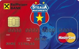"""Bancile """"paseaza"""" carduri cu echipe de fotbal. Afla cine are oferta cea mai buna"""