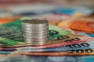 Bancile au creditat mai mult statul decat economia privata, in luna mai. A crescut si numerarul in circulatie