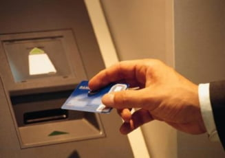 Bancpost va emite numai carduri cu cip