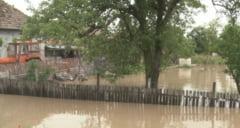 Bani de la Guvern pentru localitatile din Olt afectate de inundatii