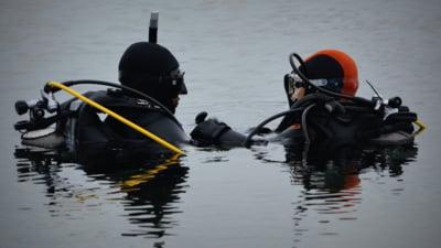 Barbat cautat de scafandri, dupa ce a disparut in Dunare, in timp ce se afla la pescuit