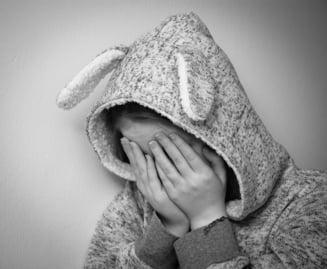 Barbat condamnat pentru ca a violat copilul fostului sau coleg de munca. II dadea bani si dulciuri sa nu spuna prin ce trecea